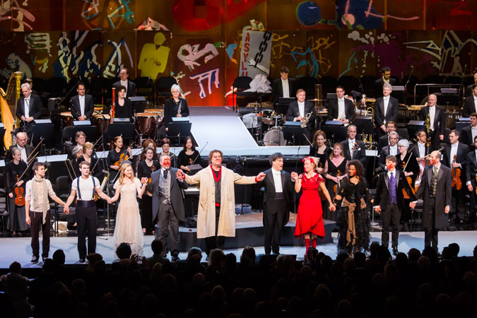 <b>9:46PM:</b> The crowd goes wild, and the New York Philharmonic and cast take a well-deserved bow.