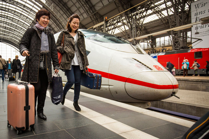 <b>Frankfurt, April 27, 2015, 5:05PM:</b> The New York Philharmonic tour party — including Acting Principal, Second Violin Group, Lisa Kim and her violinist colleague Hyunju Lee — arrive at Frankfurt Hauptbahnhof. Tomorrow they will give the eighth concert in the fifth city of the EUROPE / SPRING 2015 tour, made possible with the generosity of Credit Suisse, the Orchestra's Exclusive Tour Sponsor. All photos by Chris Lee.