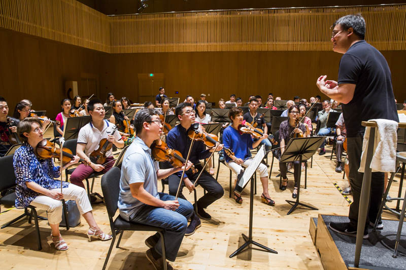 <b>Shanghai, July 6, 2016, 10:34AM:</b> All Philharmonic and SOA eyes are on Philharmonic Music Director Alan Gilbert.